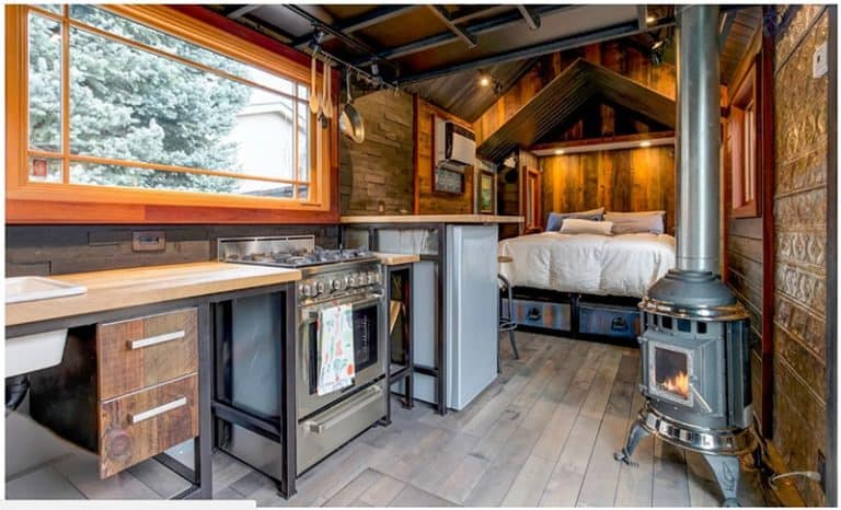 Tiny Houses Support Sustainable Living