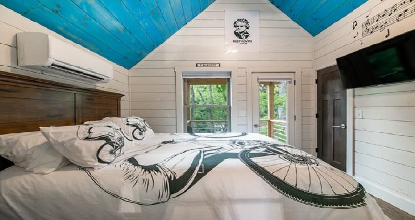 59 Tiny House With Downstairs Bedroom