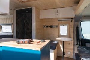 how to wire a tiny house for solar power