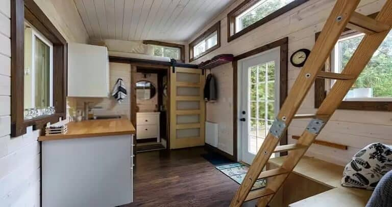 The Best Lightweight Building Materials for a Tiny House