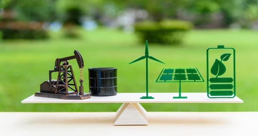 Power Options for Tiny Homes: Solar Panels, Wind, or Fossil Fuels