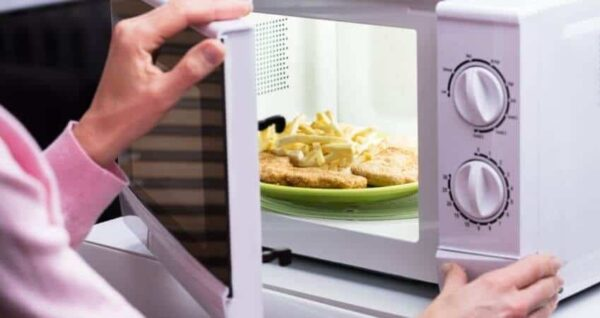 Best Tiny House Microwaves [10 Best of Them]